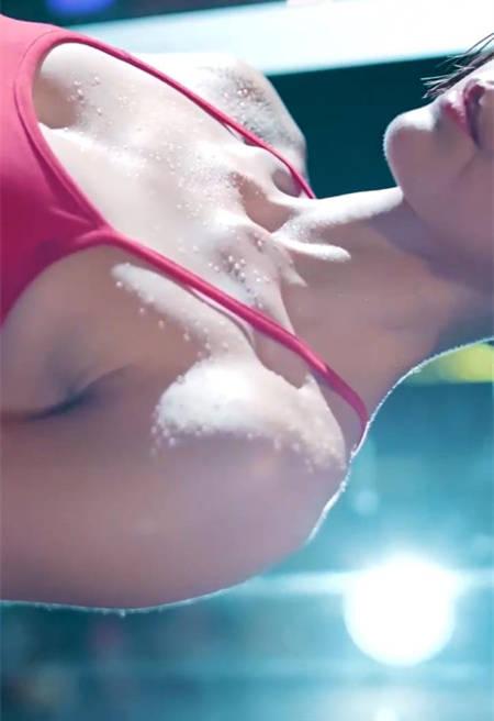 卡卡爱健身,水乳交融性感健美写真