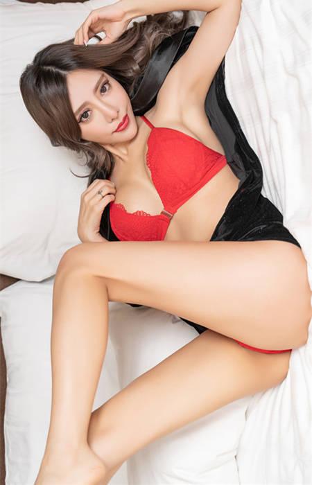 温泉美人乡!性感女神「唐琦琦77」诱惑力爆发 JVID