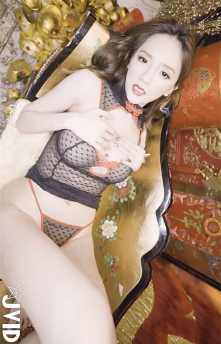 极度诱惑!子涵的2018性感新年特辑 JVID