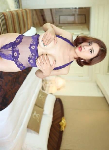 果哥出品白金版 拥有丰满诱人肉体的闫盼盼高贵紫情趣内衣
