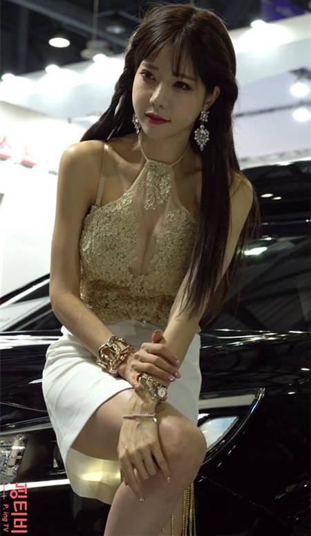 快来探索深沟!韩敏英透视金纱礼服 2019首尔车展