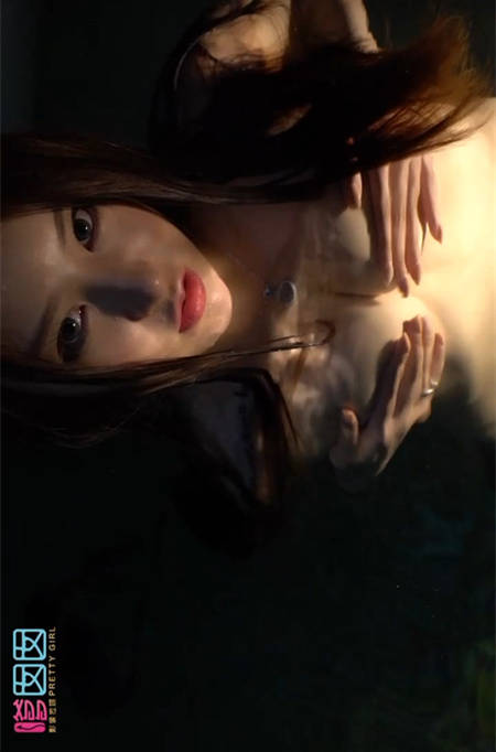 俏皮讨啪!「芷儿Momoko」泳池发骚完全脱掉