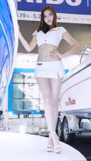 【性感车模系列】车模小姐姐金宝拉,白色丝袜真的很美