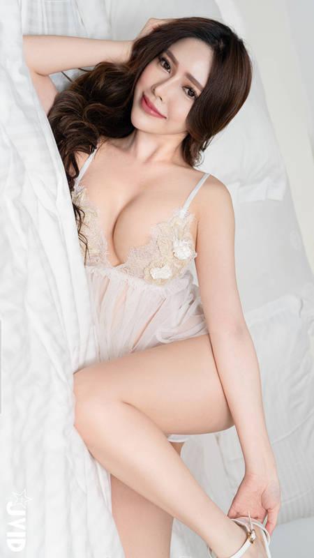 【绝美花仙女】云嫣不断搓揉圆乳诱惑力破表 JVID