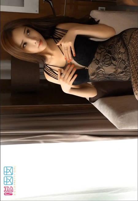 周妍希极少布料黑丝薄纱要挑战你的感官极限