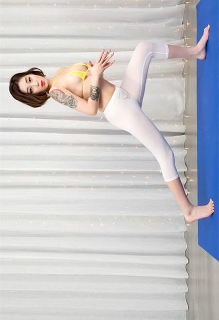迷人瑜珈教学!香菜儿YanCi「狂露乳」解放身心 JVID