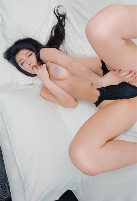 风骚小情人「Linda 尤妆妆」心机勾引超危险der~JVID